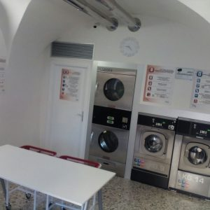 "Lavanderia Self Service Wash ""Rapid Wash"" a Isera Rovereto (TN)"