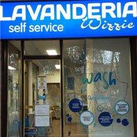 """Lavanderia Self Service Wash """"Wizzie"""" a Reggio Emilia (RE)"""