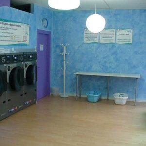 Lavanderia Self Service Wash Blu Fresh a Modena (MO)