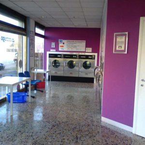 Lavanderia Self Service Wash a Barco (FE)