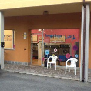 Lavanderia Selfservice Wash a Monticelli Terme (PR)