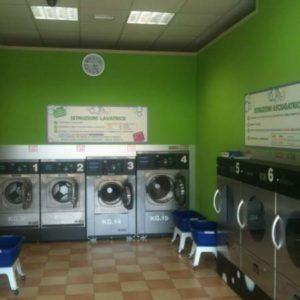 """Lavanderia Self Service Wash """"Lavanda"""" a Verona"""